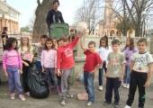 """Кампания """"Да изчистим България за един ден"""" - ОУ """"Христо Ботев"""" с.Градина"""